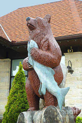 Photograph - Bear And Fish by Brenda Kean
