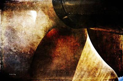 Photograph - Beauty In A Spin by Randi Grace Nilsberg