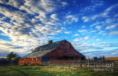 Photograph - Beauty Of Barns 10 by Bob Christopher