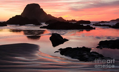 Photograph - Beauty Of Oregon Sebastian Beach 1 by Bob Christopher
