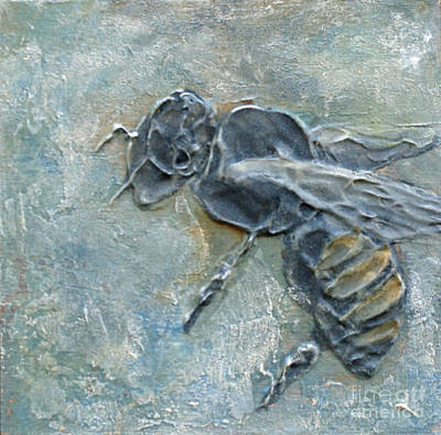 Mixed Media - Bee Wary by Phyllis Howard