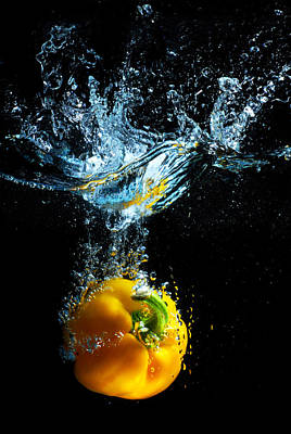 High Speed Photograph - Bell Pepper Splash by Dung Ma