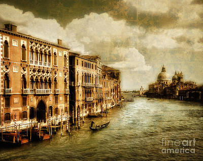 Digital Art - Bella Venezia by Edmund Nagele