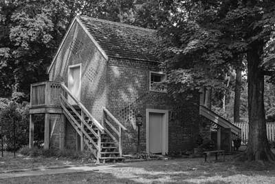 Photograph - Belle Meade Gardeners House by Robert Hebert