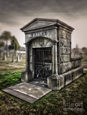 Photograph - Bellevue Cemetery Crypt - 03 by Gregory Dyer