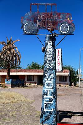 Photograph - Benson Motel by R B Harper