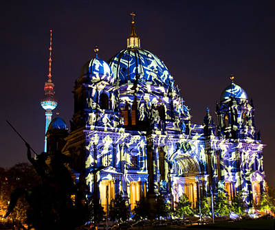 Photograph - Berlin Light Show by Iryna Soltyska