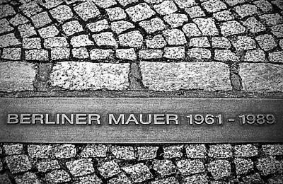 Berliner Mauer Art Print by Ryan Wyckoff