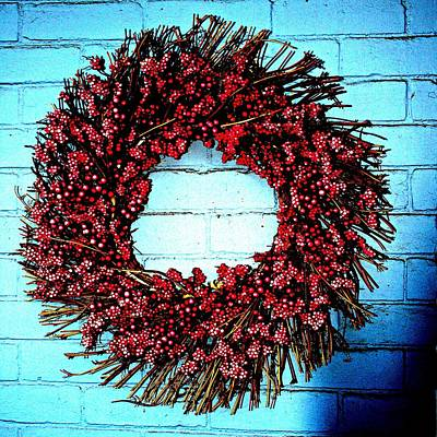 Digital Art - Berry Wreath Christmas by Holley Jacobs