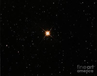 Betelgeuse Photograph - Betelgeuse by John Chumack