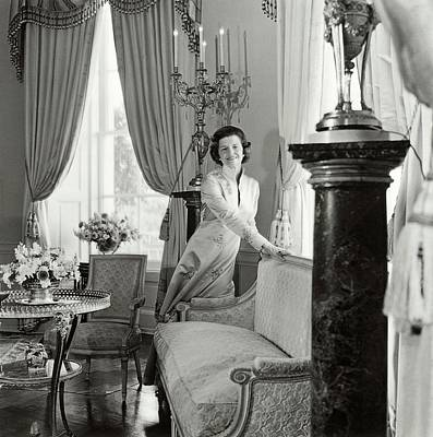 Betty Ford In The Oval Room Of The White House Art Print