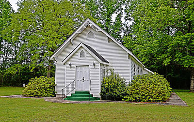 Photograph - Beulah United Methodist by Linda Brown