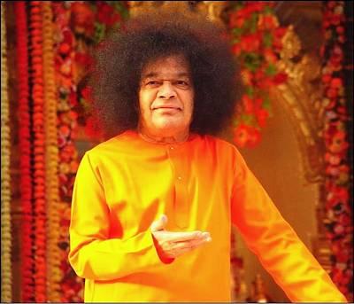 Photograph - Bhagavan Sri Sathya Sai Baba by Carlos Avila