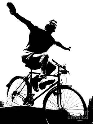 Bicycle - Black And White Pixels Art Print