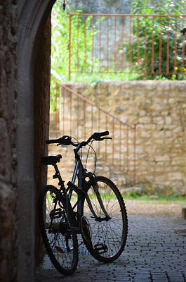 Photograph - Bicycle Under The Arch by RicardMN Photography