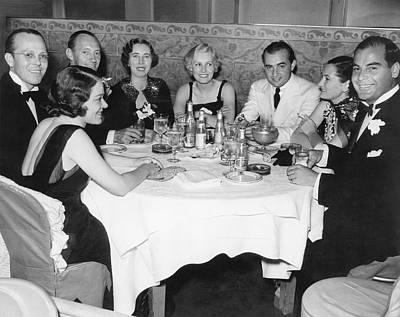 Of Wine Bottles Photograph - Big Band Dining In La by Underwood Archives