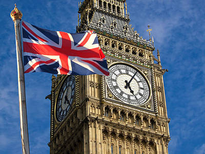 Big Ben And Union Jack Art Print by Neven Milinkovic