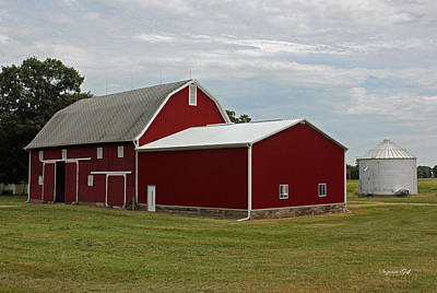 Big Red Barn - Carroll County Indiana Art Print by Suzanne Gaff