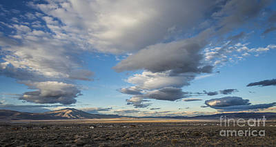 Fernley Photograph - Big Sky In Nevada by Dianne Phelps