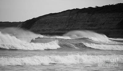 Photograph - Big Swell by Amanda Holmes Tzafrir