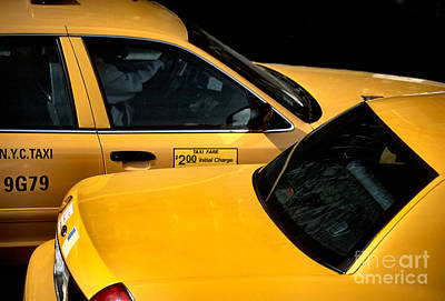 Photograph - Big Yellow Taxis by Liz Leyden