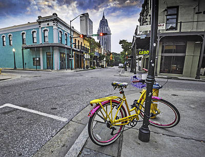 Bike And 3 Georges In Mobile Alabama Original
