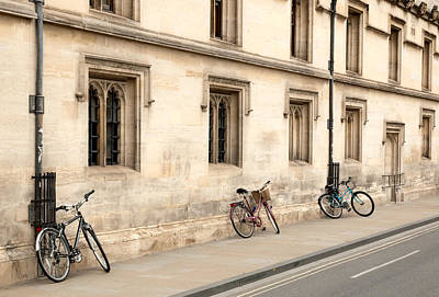 Photograph - Bikes On An Oxford Street by Rob Huntley