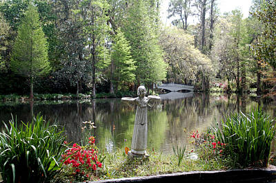 Bird Girl Of Magnolia Plantation Gardens Art Print by Suzanne Gaff