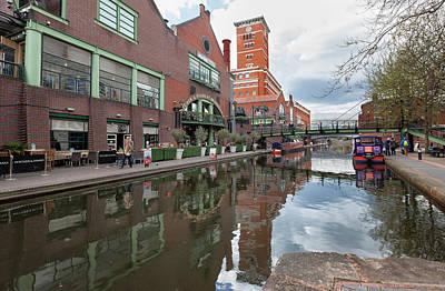 Pub Photograph - Birmingham And Fazeley Canal At by John Freeman