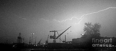 Photograph - Biw Lightning 2 by Donnie Freeman