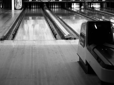 Bowling Alley Photograph - Black And White Bowling Alley by Dan Sproul