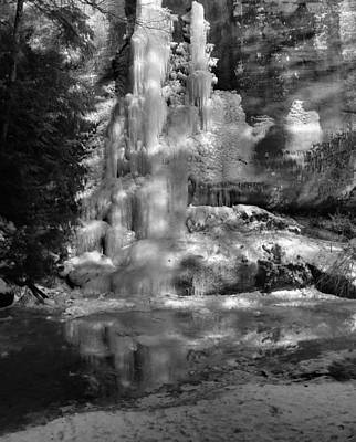 Photograph - Black And White Frozen Light by Dan Sproul