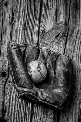 Baseball Art Photograph - Black And White Mitt by Garry Gay