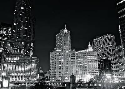 B Drake Photograph - Black And White Night In Chicago by Frozen in Time Fine Art Photography
