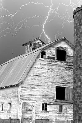 Black And White Old Barn Lightning Strikes Art Print