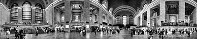 Black And White Pano Of Grand Central Station - Nyc Art Print