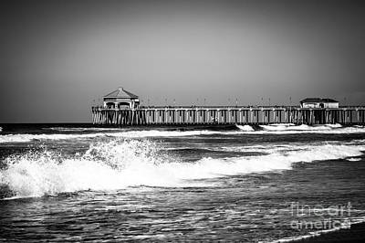 Black And White Picture Of Huntington Beach Pier Art Print