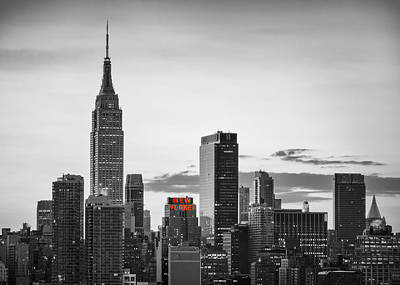 Black And White Version Of The New York City Skyline With Empire Art Print