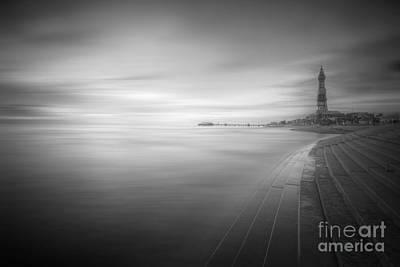 Photograph - Blackpool Beach by Yhun Suarez