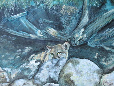 North American Wildlife Painting - Blending In by Laurianna Taylor