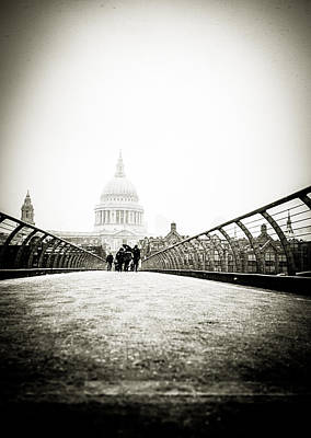 Photograph - Blizzard By St Pauls by Lenny Carter