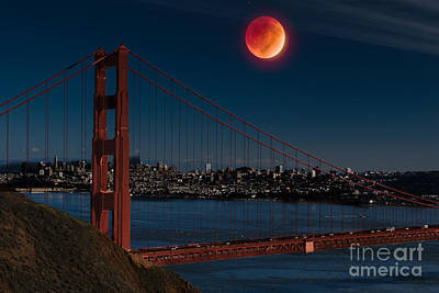 Blood Moon Over Golden Gate Bridge Art Print by Dan Hartford