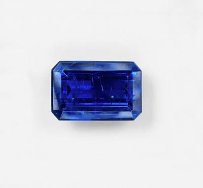 Baguette Photograph - Blue Baguette Sapphire by Dorling Kindersley/uig