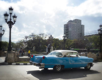 Photograph - Blue Cuban Car by Ann Tracy