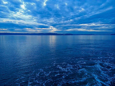 Photograph - Blue Horizon by E Faithe Lester