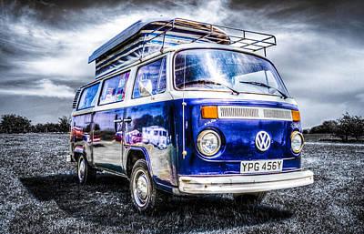 Blue Vw Campervan Art Print by Ian Hufton