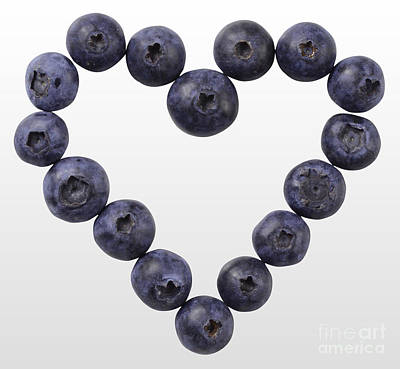 Heart Healthy Photograph - Blueberry Heart by Gwen Shockey