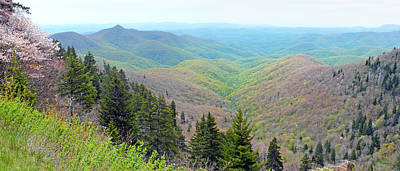 Photograph - Blueridge Parkway Wide View At Mm 422 by Duane McCullough