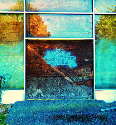 Photograph - Boarded Up 2 by Laurie Tsemak