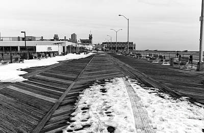 Photograph - Boardwalk Snow Mono by John Rizzuto